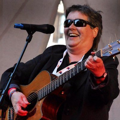 image of singer song writer Claire Mooneey